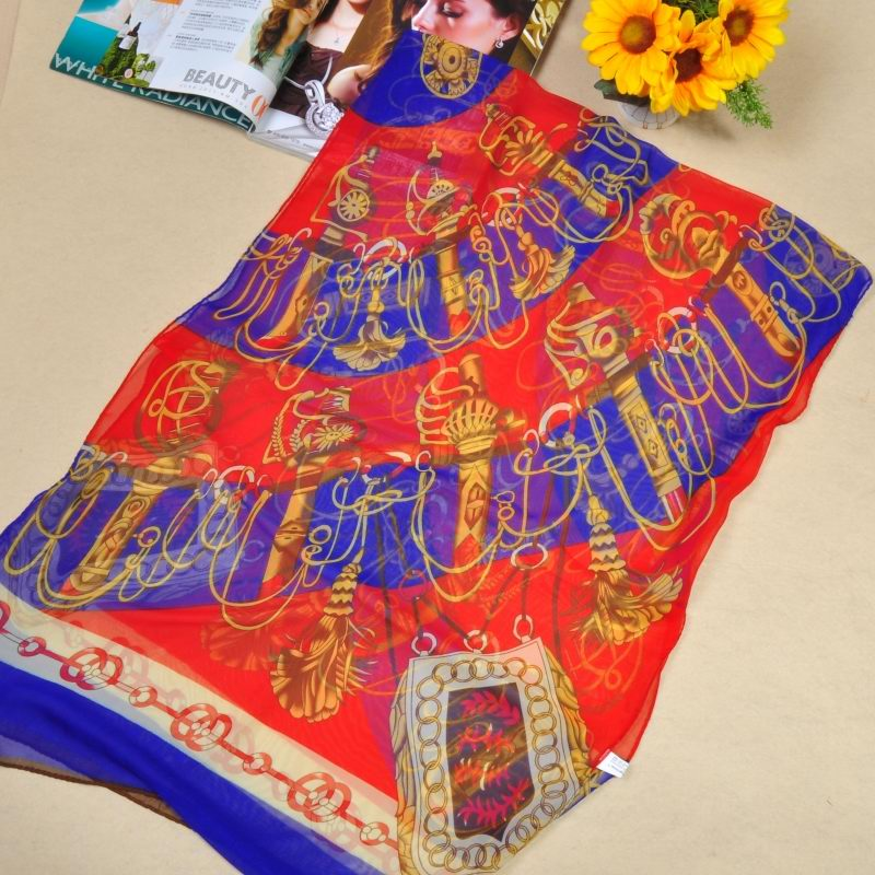 014 New Arrival Fashion Silk like scarf for summer