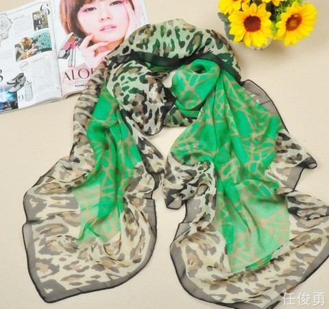 2013 Silk like and Large Size Soft Viscose Scarf Wholesale