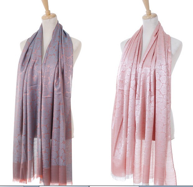 1 Luxurious Rose Designs Scarf USA