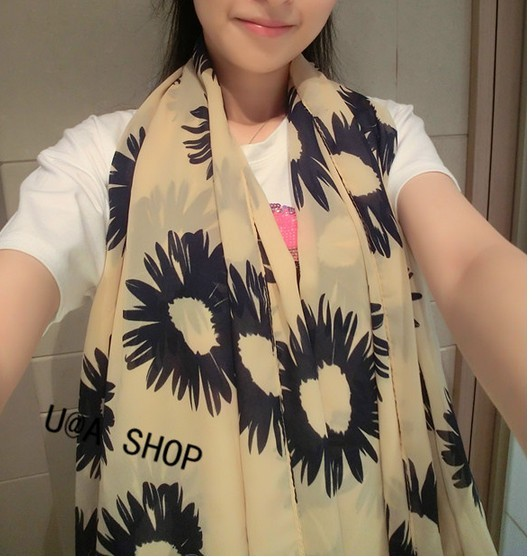1 Flower Design Viscose Scarf Singapore