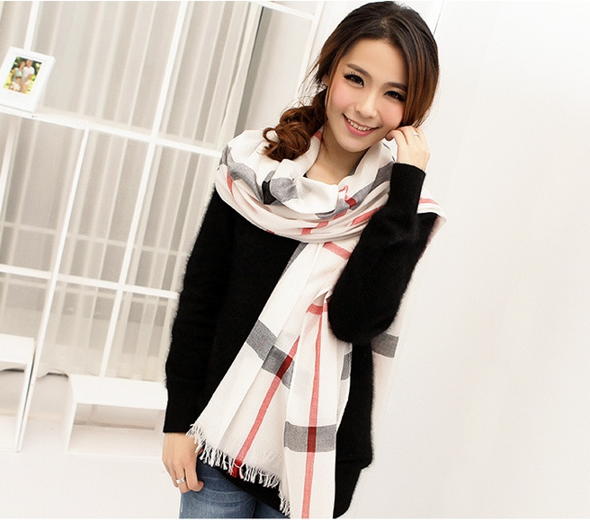 1 Check Design/ Grid Patter Viscose Scarf Wholesale