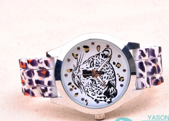SEO_COMMON_KEYWORDS Leopard Cool Bracelet Watch for Girls Online
