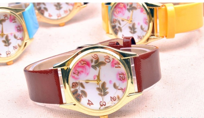 Floral Pattern Womens Watch Cheap Wholesale - Click Image to Close