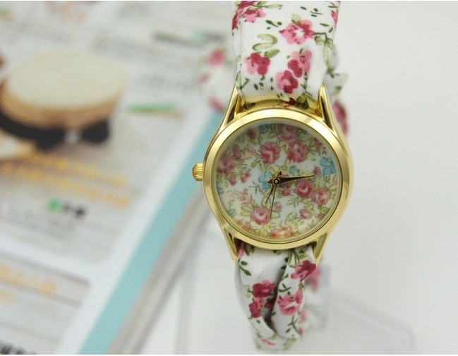 Floral Printing Fabric Strap Womens Watches