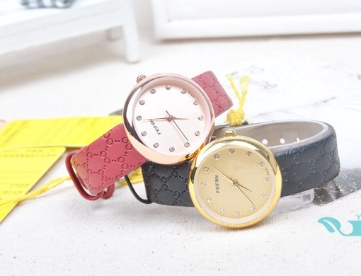 Concise Style Embossed Leather Band Wrist Watch
