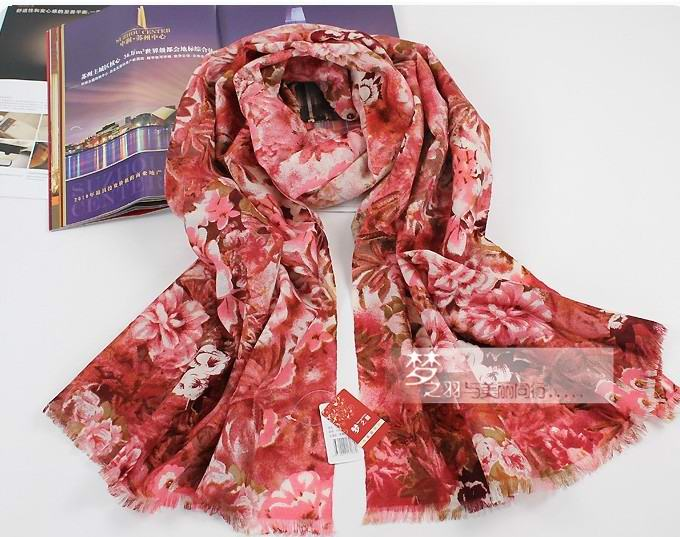 2013 USA Wholesale 100% Wool scarf with digital print