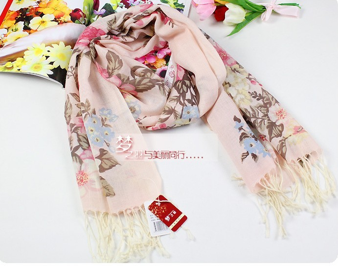 100% Wool Scarves with fashionable style for sale European
