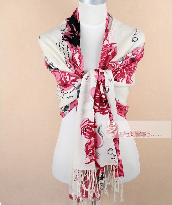 UK 100% Wool scarf/shawl with digital flower Wholesale