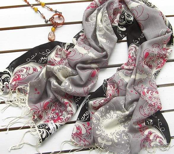 2013 New 100% WOOL scarves/wraps wholesale Europe