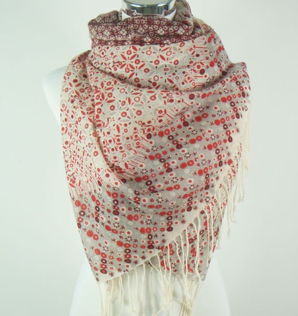 100% wool scarf/shawl with fashionable designs for women