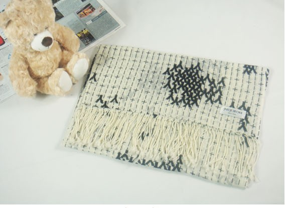 High quality 100% wool scarf for women