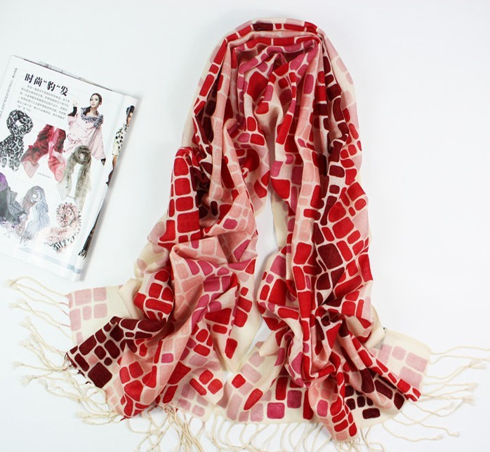 Art Designs Long 100% Woolen Ladies Scarf/Wrap With Tassels