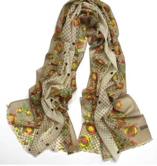 100 WOOL099 Flowers Style Wool Scarf