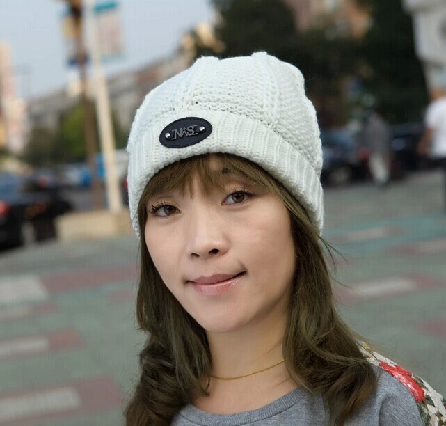 Women Beanies 007 - Click Image to Close