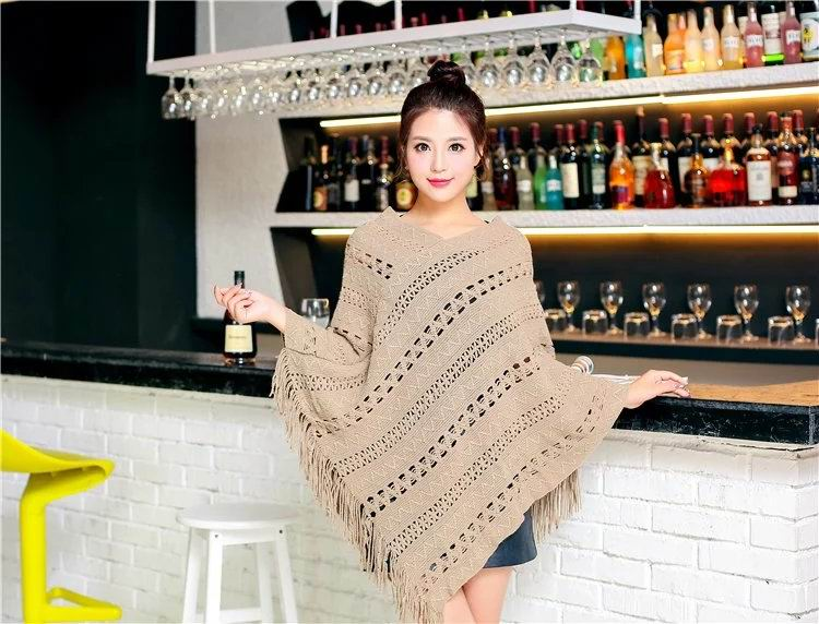 SEO_COMMON_KEYWORDS 17 Women Ponchos 048