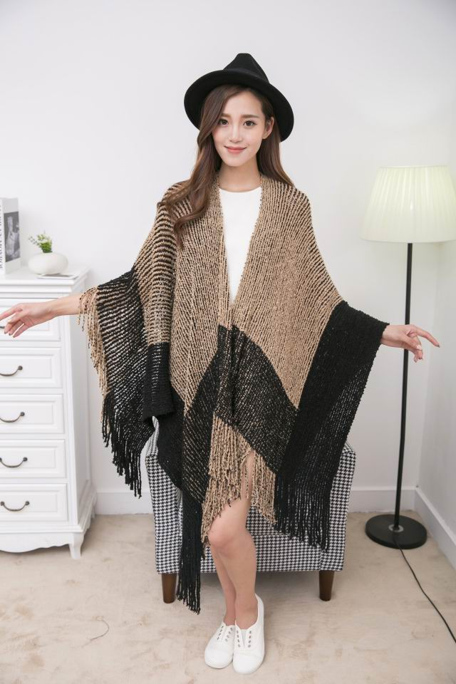 SEO_COMMON_KEYWORDS 17 Women Ponchos 052